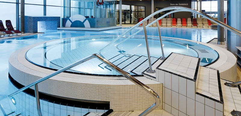 Swimming Pool Specails: Pools in Their Most Beautiful Form